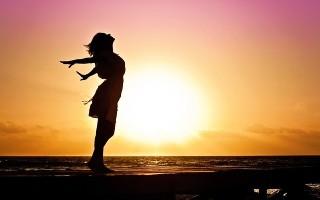 Завоюйте женщину при помощи сильных заговоров на любовь