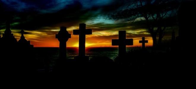Сильные заговоры на кладбищенской земле