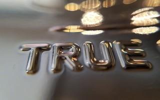 Применение заговоров для того, чтобы услышать правду