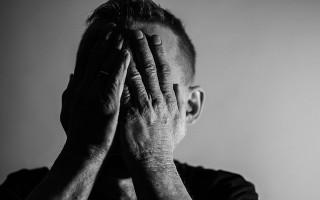 Варианты заговоров от неприятностей на работе