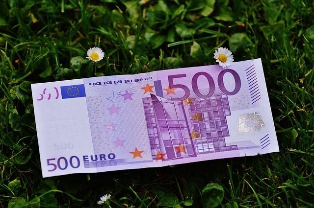 Найти на дороге крупную сумму денег заговор книга магия денег евгений грин